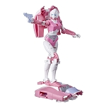 Transformers Generations War for Cybertron: Earthrise Arcee Action Figure